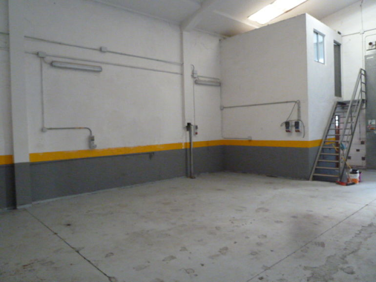 Nave industrial en alquiler p gina web de rea sgi - Alquiler pisos villalbilla ...